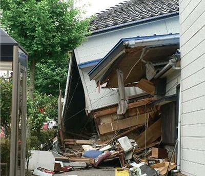 木造住宅の除却と耐震改修を支援